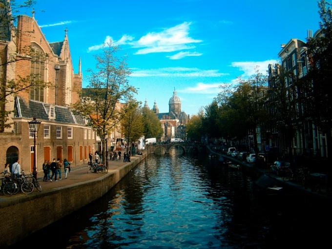 日本の都市のお手本になるか?2025年アムステルダム市が目指すイノベーティブシティとは